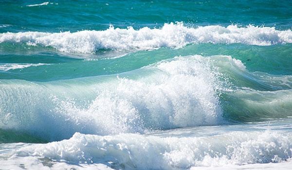 Εφιάλτης σε παραλία του Ηρακλείου: «Πίστεψα πως έφτασε το τέλος μου» [Βίντεο]