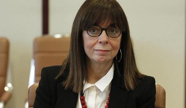 Με ευρεία πλειοψηφία εκλέγεται η Αικατερίνη Σακελλαροπούλου - Ναι και από τον Τσίπρα